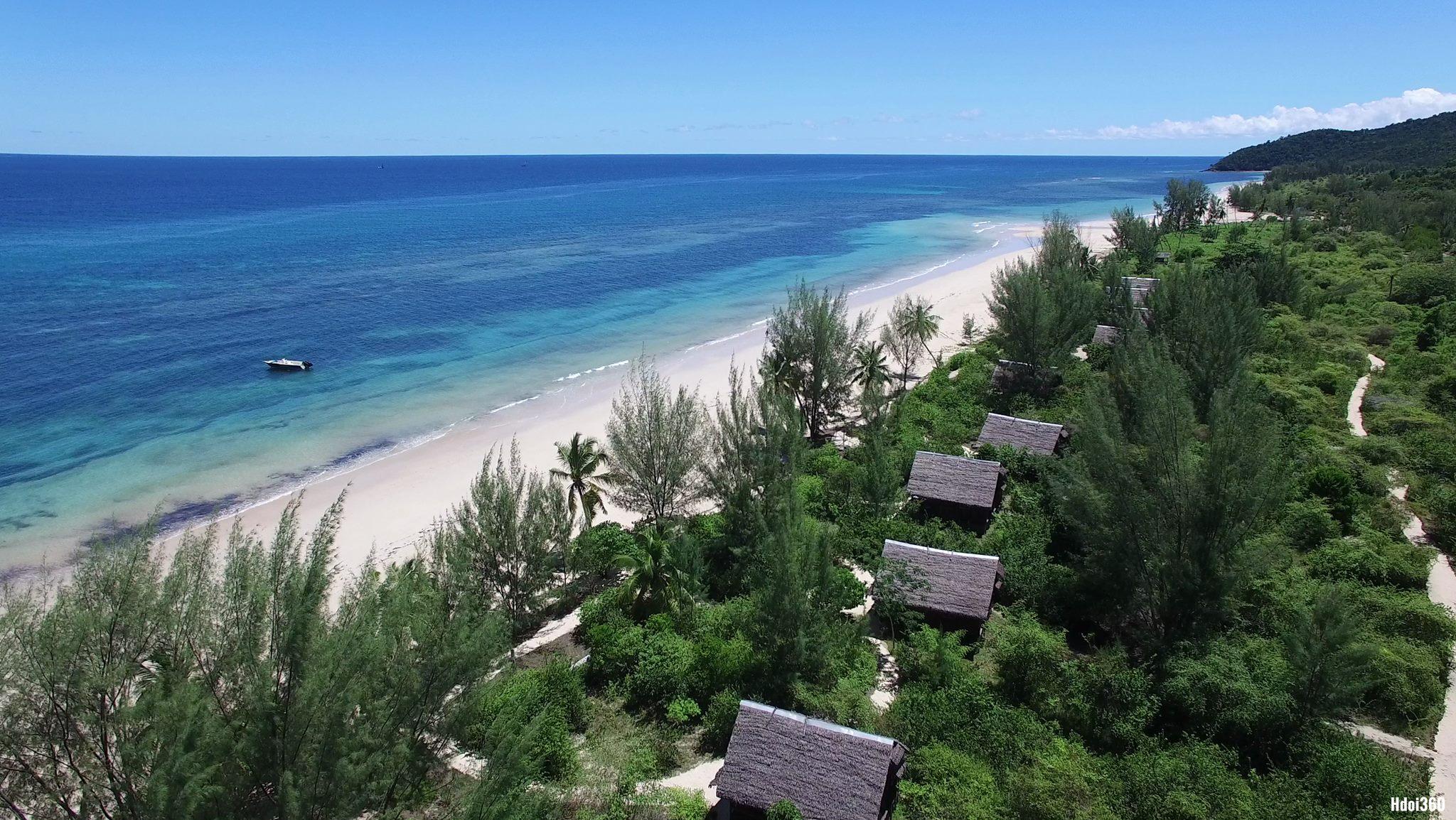 Naturalia Lodge : Une ambiance sauvage, entre forêt tropicale classée réserve naturelle et les eaux calmes du canal du mozambique