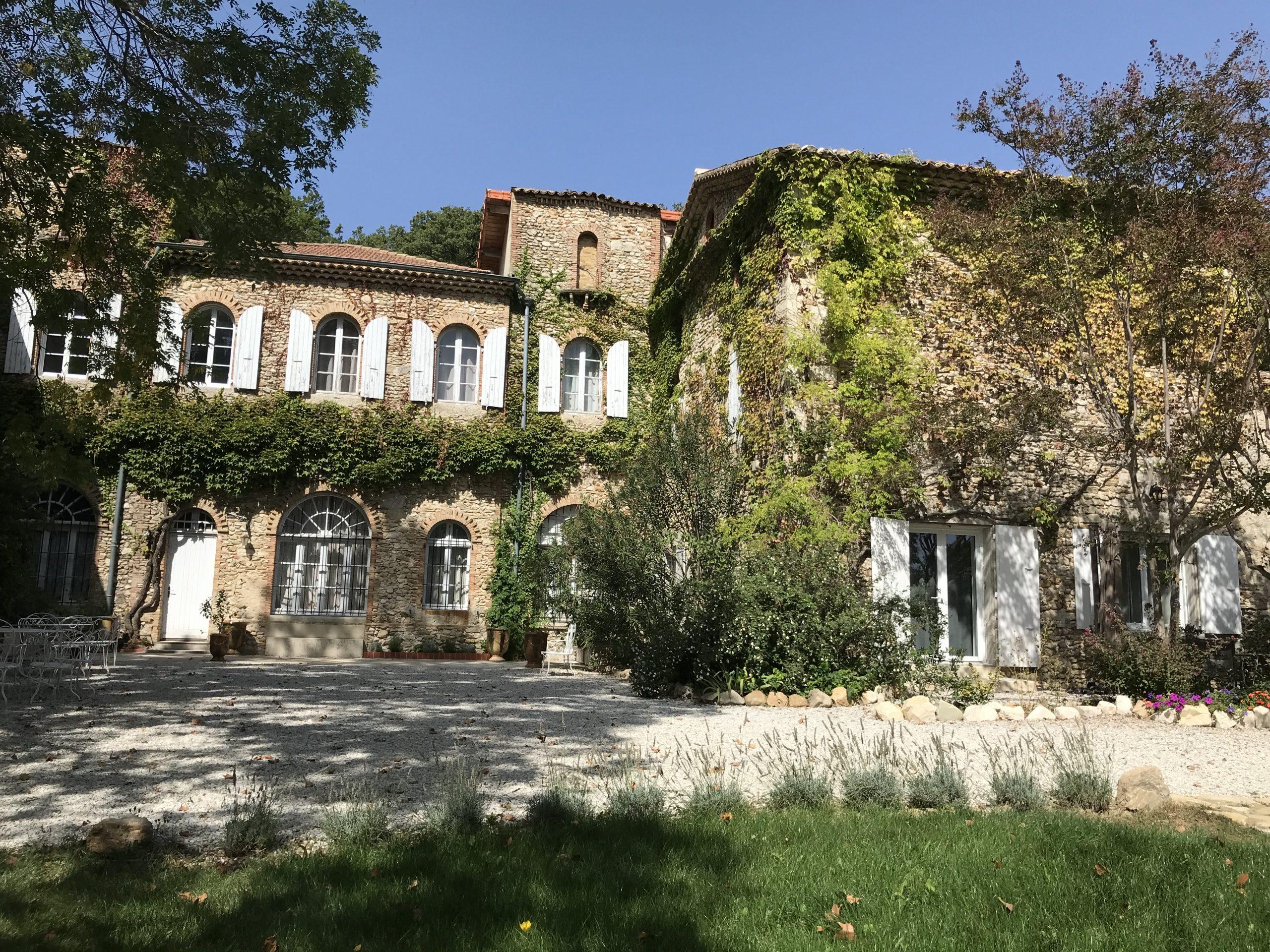 Le Domaine Les Joies : des gîtes de charme au coeur de la Drôme