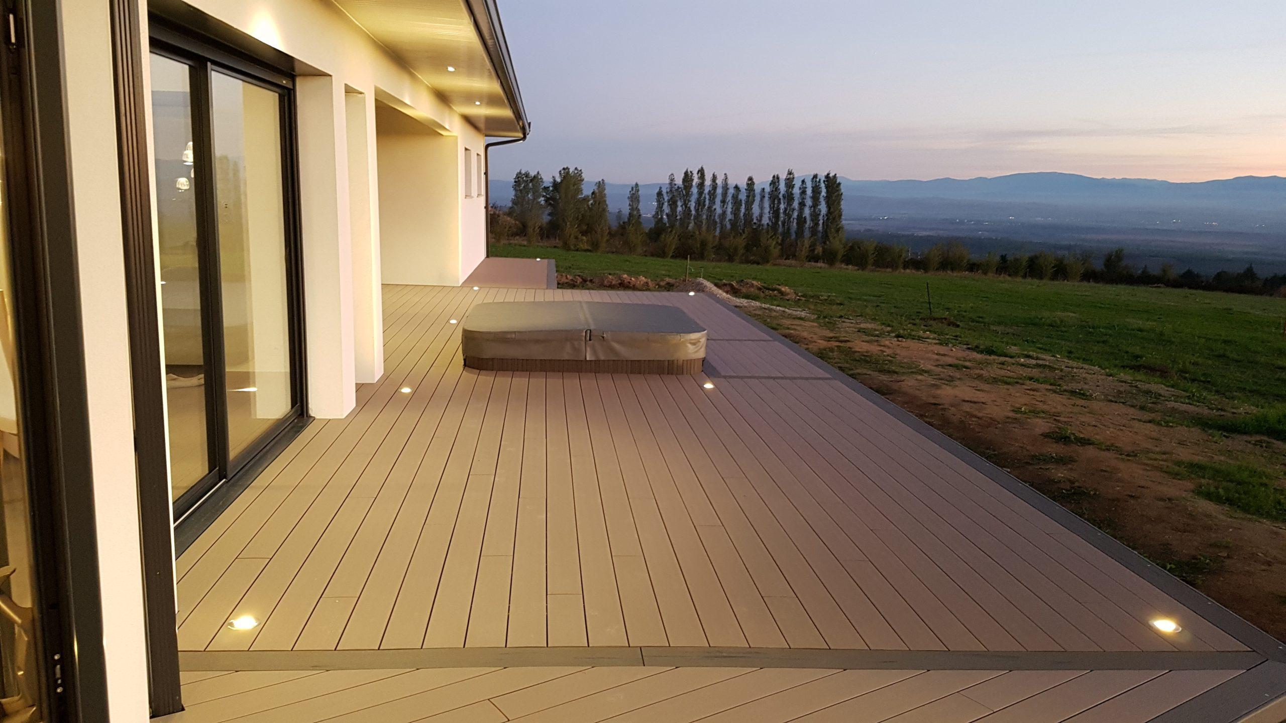 Pour vos terrasses, la structure TERRASSTEEL® c'est la durabilité avant tout!