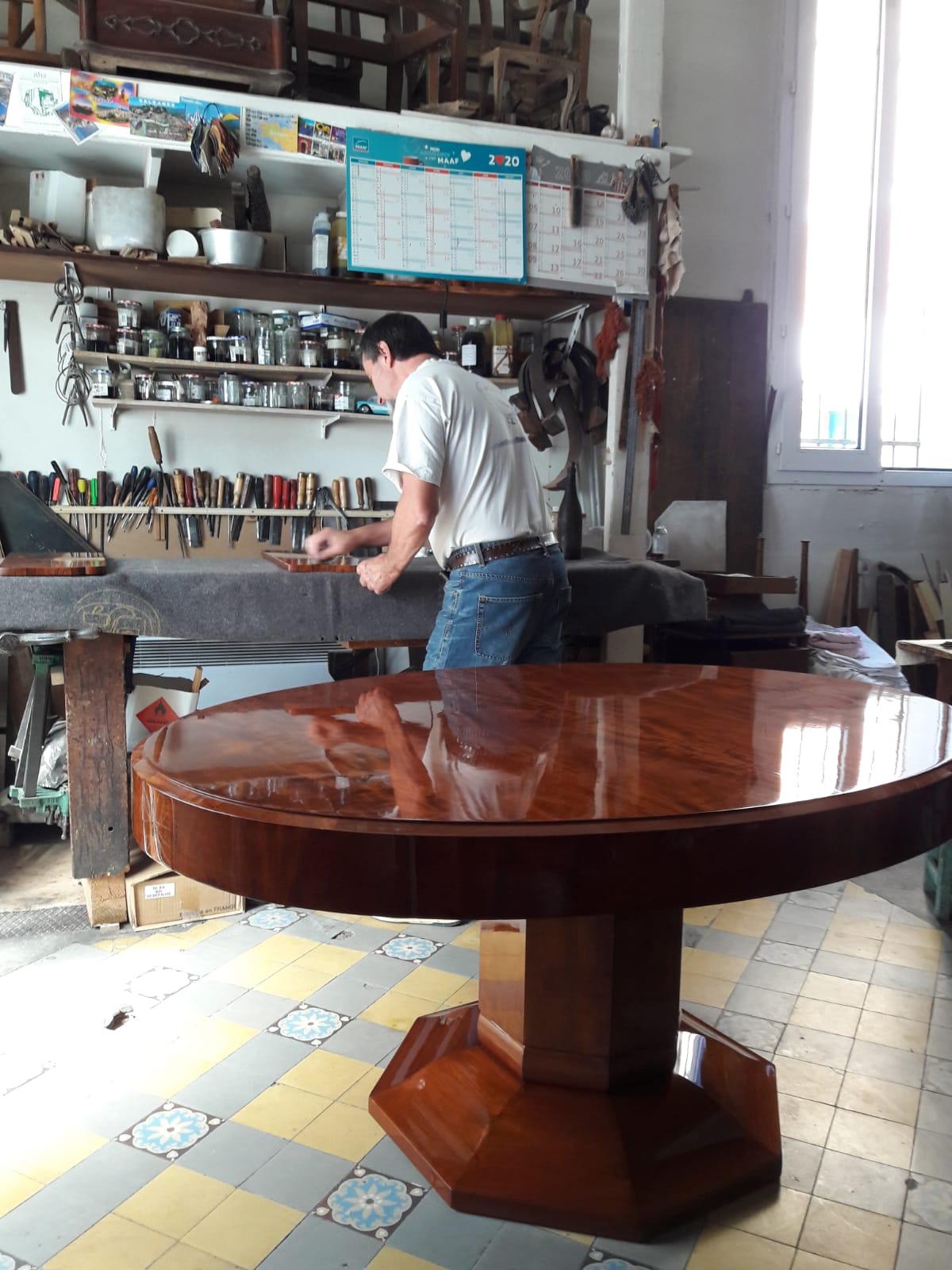 Votre mobilier ancien restauré d'une main de maître