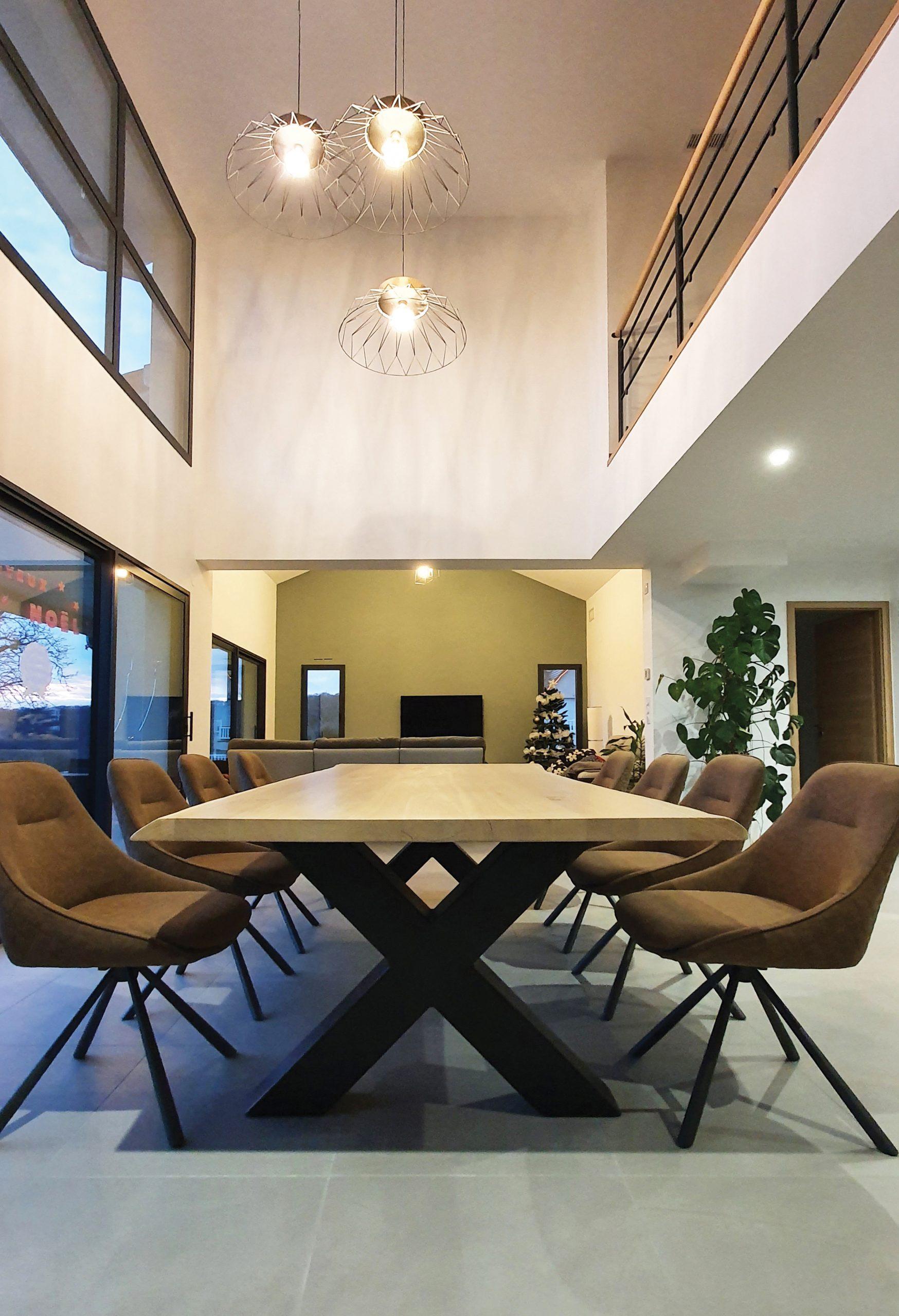 Brût, concepteur et fabricant de mobilier design en bois